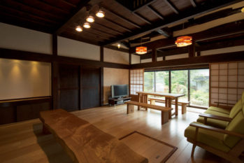 旧家の良さを生かし、明るく温かく、耐震性も向上したリビングに変身!after