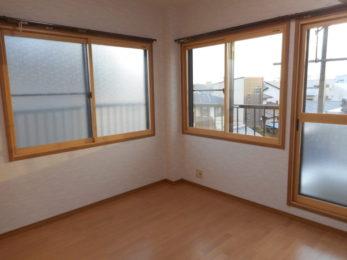 内窓を設置して室内環境も快適!窓枠に設置するのでとっても簡単に施工できます FIX窓にも取付可能です
