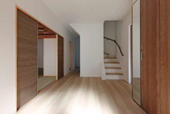 ゆったりとした玄関ホール